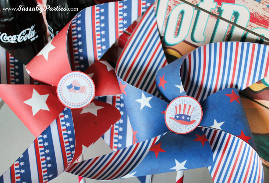 4th of July Free Printable vintage style Pinwheels. Grab them at the Sassaby Parties Blog! www.sassabyparties.com