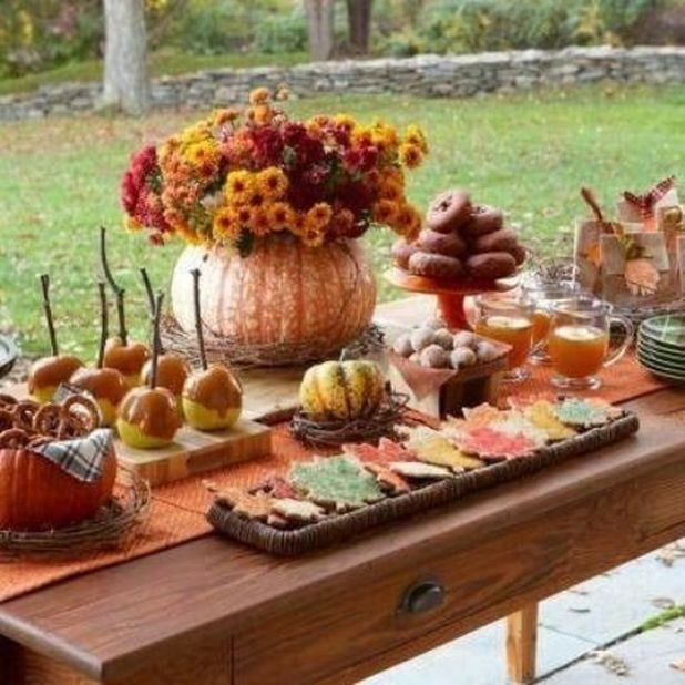 52 Fall Party Decor Ideas from DigsDigs.com